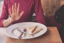7 วิธีช่วยให้เลิกกินเมื่ออิ่มแล้ว เหมาะกับการลดน้ำหนัก