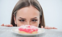 10 วิธีลดอาการอยากของหวาน สำหรับลดความอ้วน