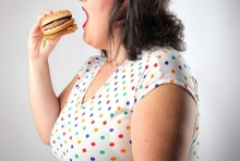 อาหารที่ควรหลีกเลี่ยง ถ้าคุณยังไม่อยากอ้วน