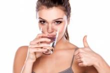 แค่ดื่มน้ำให้มากพอ ก็ช่วยลดน้ำหนักได้แล้วนะ